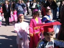 skiathos carnival spring 2008 023